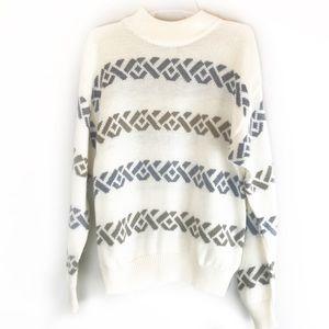 Vintage cream sweater from RRRRruss!